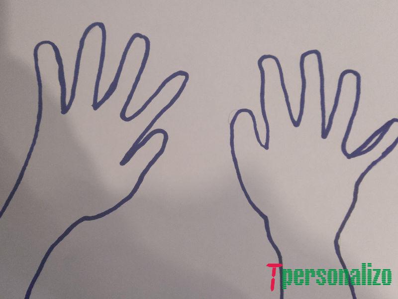 Silueta manos de un niño